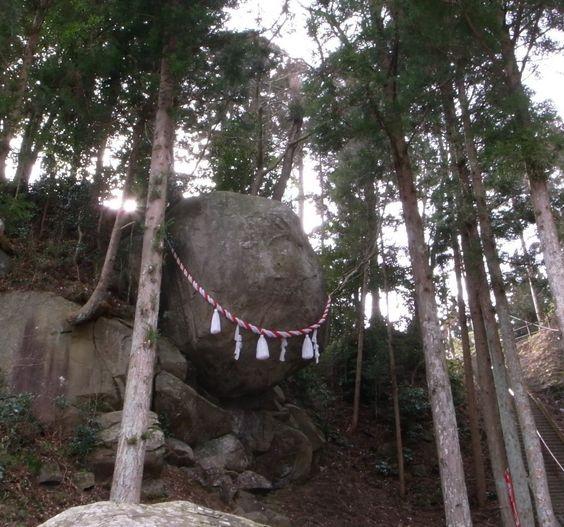 宮城県にある合格祈願にご利益のある神社【釣石神社】